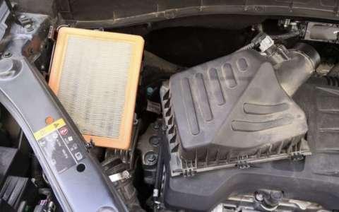 荣威RX5自己动手更换空气空调滤芯详细过程图