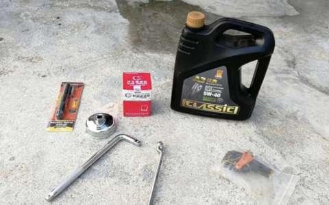 比亚迪宋7万公里自己动手保养换机油 机滤详细过程